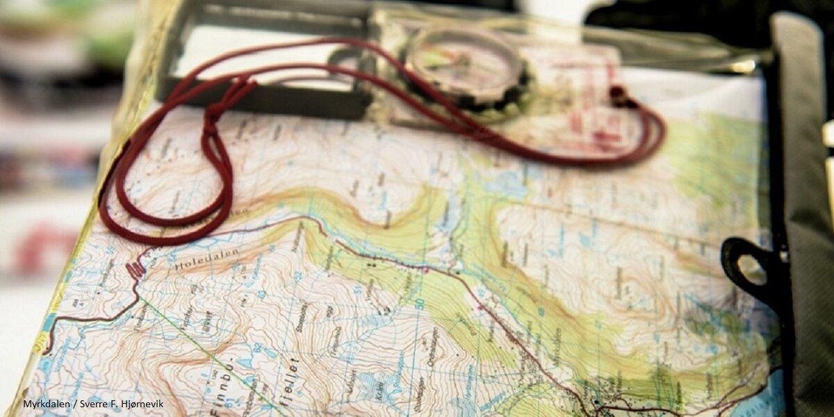 Kart og kompass i-Myrkdalen--MYD-00038_1024- Foto_Sverre_F._Hjørnevik