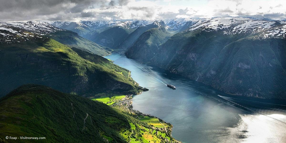 large-The Aurlandsfjorden in spring colours-Foap - VisitNorway.com